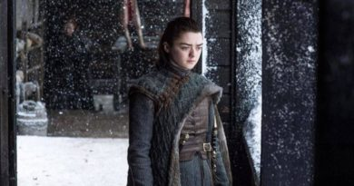 Maisie Williams, la actriz de GOT, pensó que escena sexual era una broma
